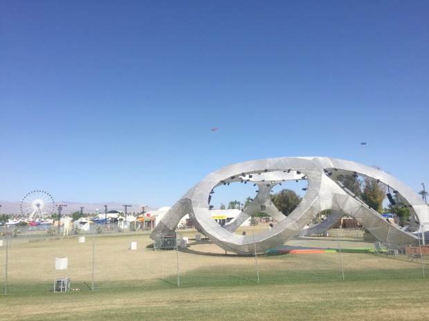 Coachella_Camping_Yoga