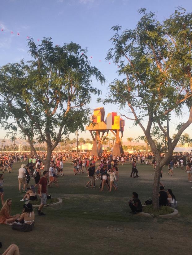 Coachella_Crowded