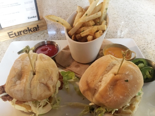 Eureka_LaJolla_Fried_Chicken_Sliders